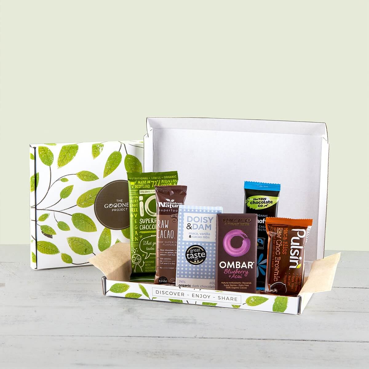 content/products/superfood-chocolate-snack-box.jpg