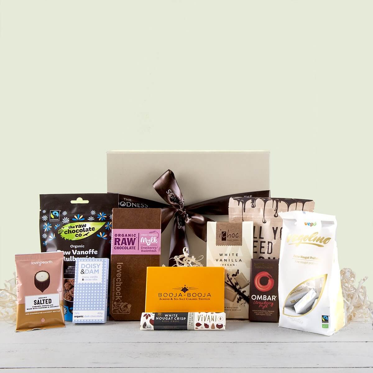 content/products/the-ultimate-organic-chocolate-gift-hamper.jpg