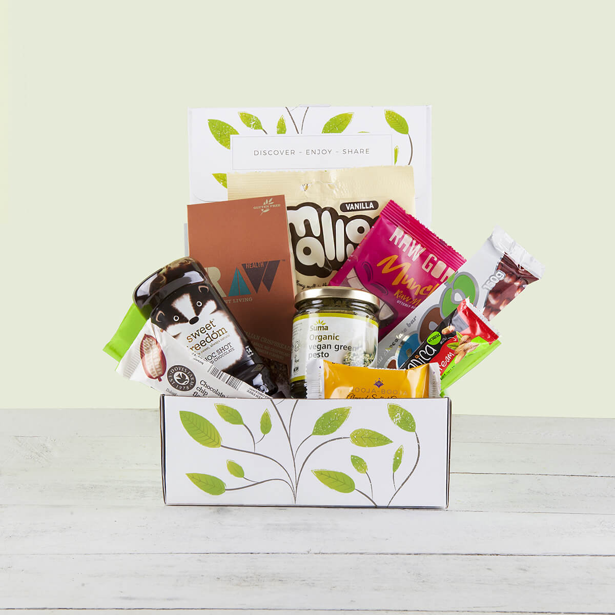 content/products/vegan-goodness-hamper-gift-box.jpg
